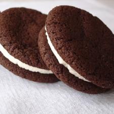 """oreos 225x225  DIY """"Oreo"""" Cookies"""