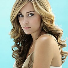 lauren conrad240 225x225  Lauren Conrad Suggests Coconut Oil to Tame Curls