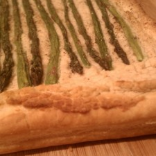 Asparagus Tart 225x225  Vegan Asparagus Tart with White Bean Pesto