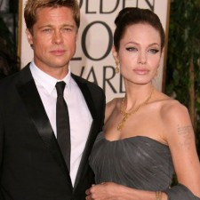brad pitt and angelina jolie1 225x225  Angelina Jolie Starts Her Day With Coconut Oil