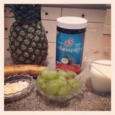 2012 12 26 21 03 04 225x225  Margaux J Rathbun's Tropical Coconut Oil Smoothie