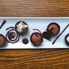 Raw Chocolate Bourbon Tartlet Plate 225x225  Chef Megan Huylo's Raw Chocolate Bourbon Tartlets