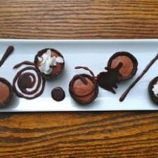 Raw Chocolate Bourbon Tartlet Plate 225x225  Chef Megan Huylo's Raw Chocolate Bourbon Tartlets