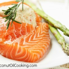 Salmon 225x225  Waistline Wednesday's – Fat Burning Foods