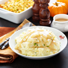 MashedPotatoes 225x225  Thanksgiving Leftover Ideas